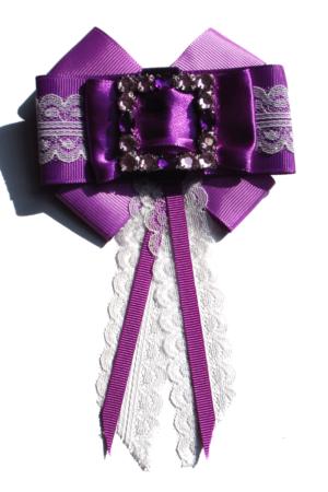 Bow tie brooch violet