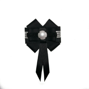Pearl Black & White Bow Brooch ACC_07A_color_01_brooch_01