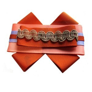 T-shirt bowknot brooche, dark orange-gold grosgrain, fabric flower, ACC_10_color_04_brooch_00, AXelles-Fashion