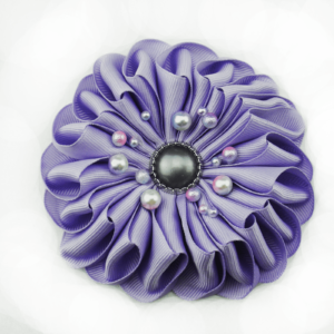 www.axelles-fashion.com violet 11 cm large cloth brooch trend 2019