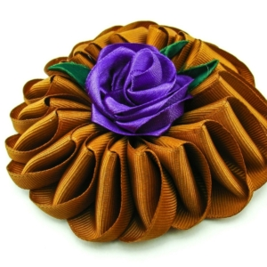 www.axelles-fashion.com gold brown violet 11 cm large cloth brooch trend 2019