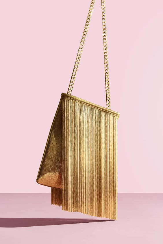 2019 best bags and clutches jewelry chain resin wood shell in fashion trend accessories buy on AXELLES