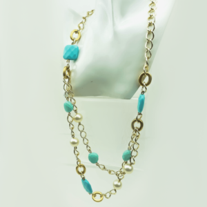 Layered chain necklace with turquoise and pearls, gold plated, designers Axelles