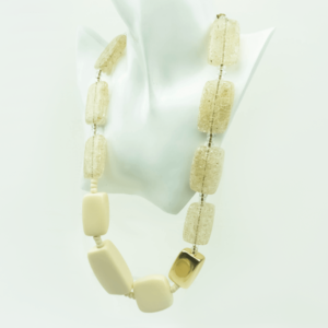 Luxury necklace in eco-components-natural-eco-bio-component-metal-plated- accent buy online kopen www.axelles-fashion