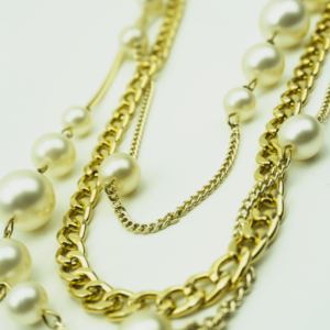Layered classic chain necklace with pearls designed by Axelles Fashion buy online, kopen