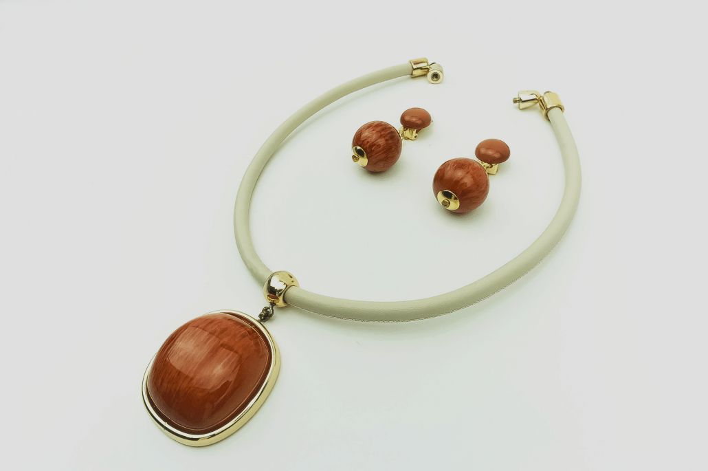 Luxe necklace, clips,earrings, set,gold plated,brown-orange,large,stone,wood, Axelles Fashion