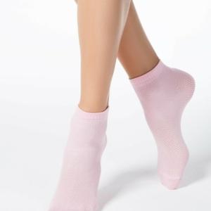 Sneaker sokken ingeweven patroon. Nieuw stijltrend: sokken plus hakken, pink, roze, 17C-121CP (131), Axelles