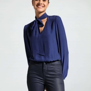 Body blouse met strik/Women's bodysuit blouse. Model: LBD 1035 article-19C-824TCP, Axelles