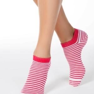 Sneakersokken gekleurd gestreept, rood-wit (073)
