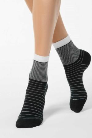 Sokken oplopend gestreept, zwart (058).