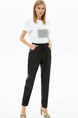 Eco-leder broek met taille-elastiek, zwart, designer shirt, wit, blazer, AXELLES