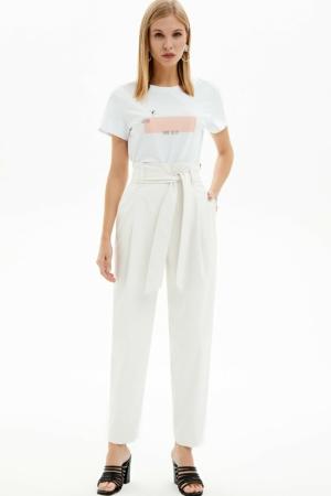 Hogetaille broek in ECO-leder, gebroken-wit, designer shirt, AXELLES