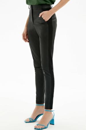 Skinny fit broek faux-leder, contrast zijbies, AXELLES